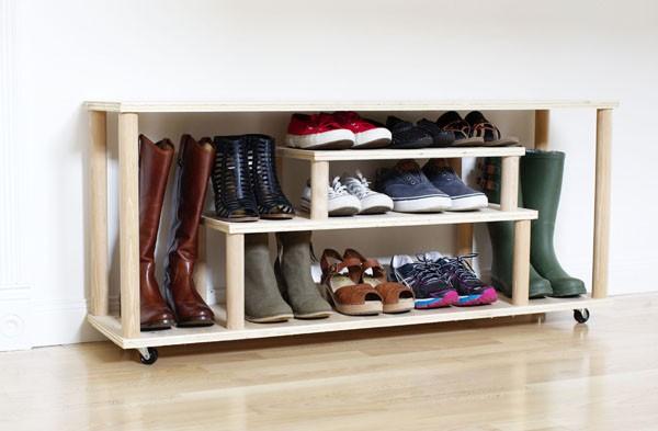 Как сделать полку для обуви в прихожую своими руками